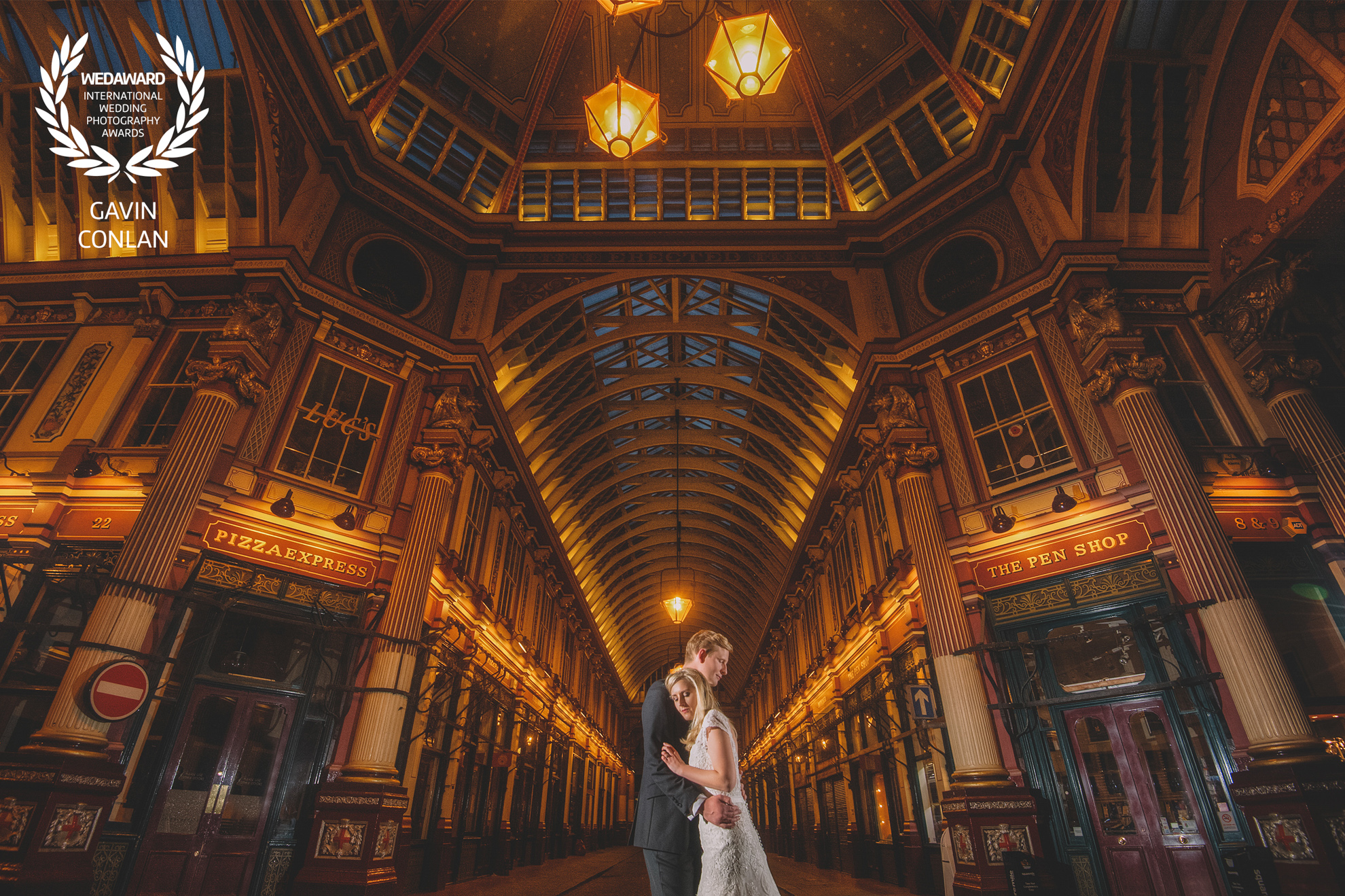 wedding-portrait-leadenhall-market-devonshire-terrace-london-gavin-conlan-photography-wedaward