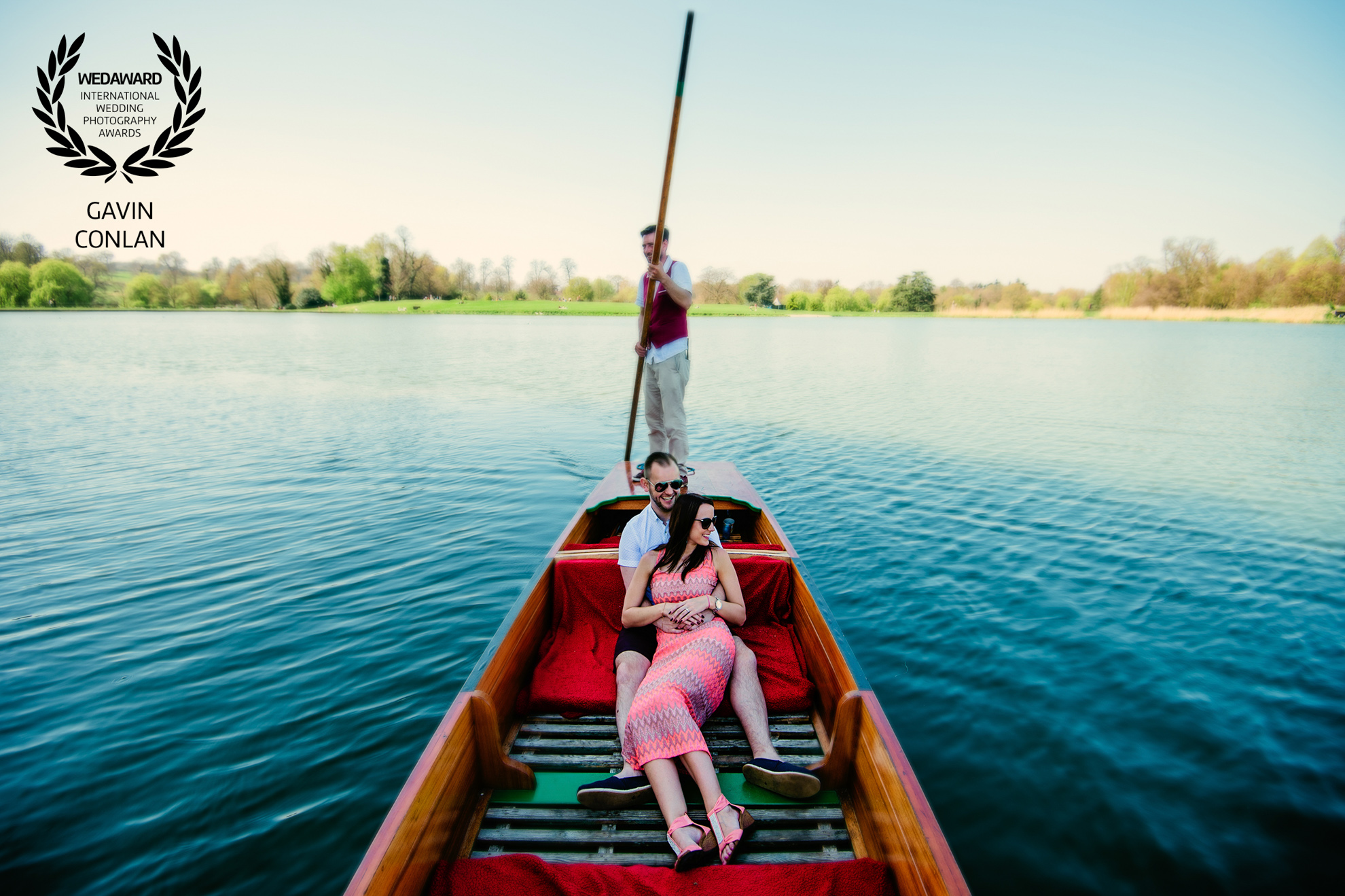 destination-engagement-session-portrait-leeds-castle-kent-gavin-conlan-photography-wedaward-02