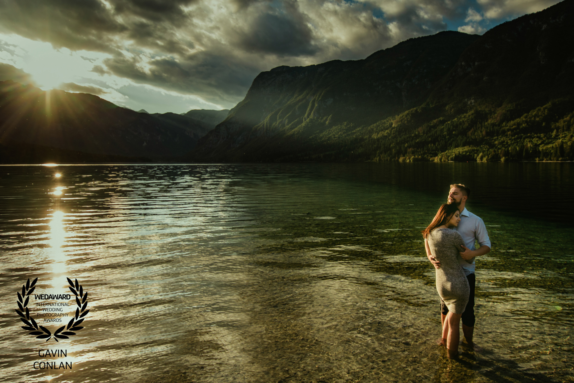 destination-engagement-session-portrait-slovenia-gavin-conlan-photography-wedaward