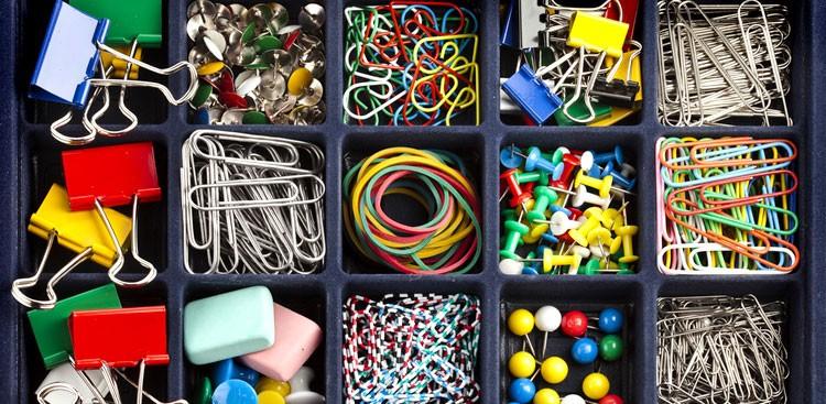 messy-desk.jpg