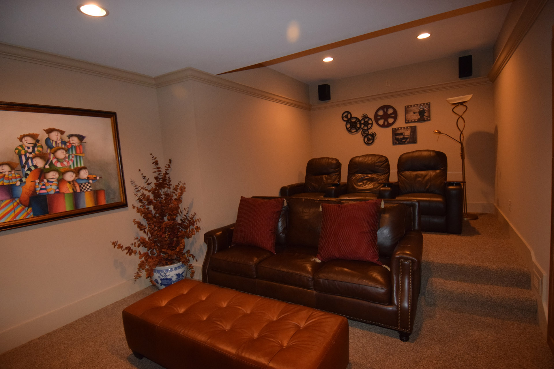 ShilohCreekModelHome_2017Revisions_Theater2.jpg