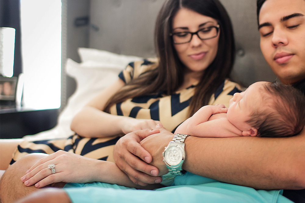 Phoenix Newborn Lifestyle Photo 9