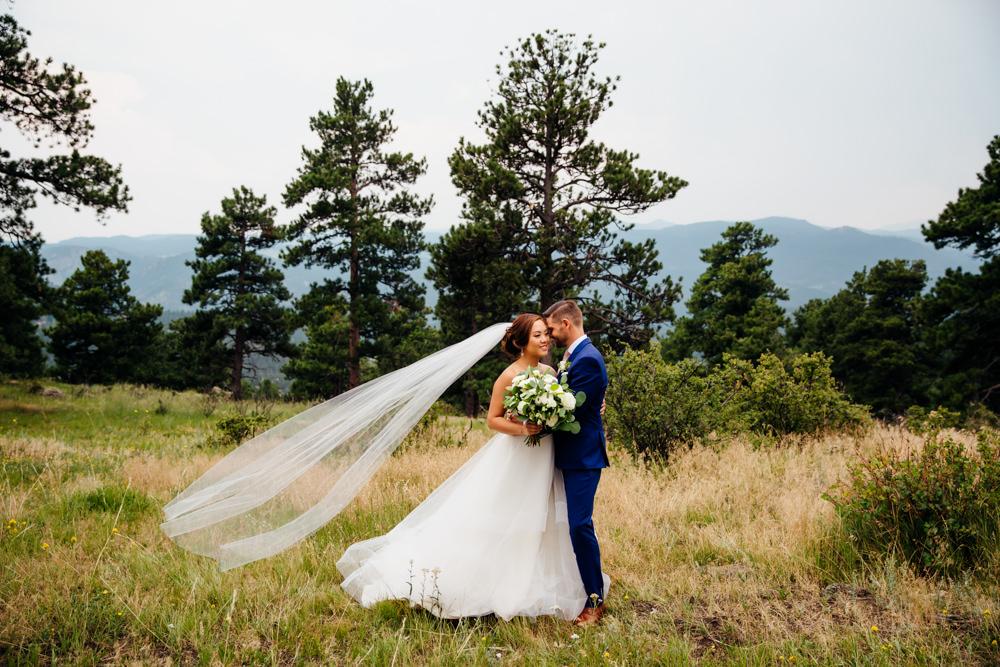 Mount Vernon Country Club - Golden Wedding Photographer -28.jpg