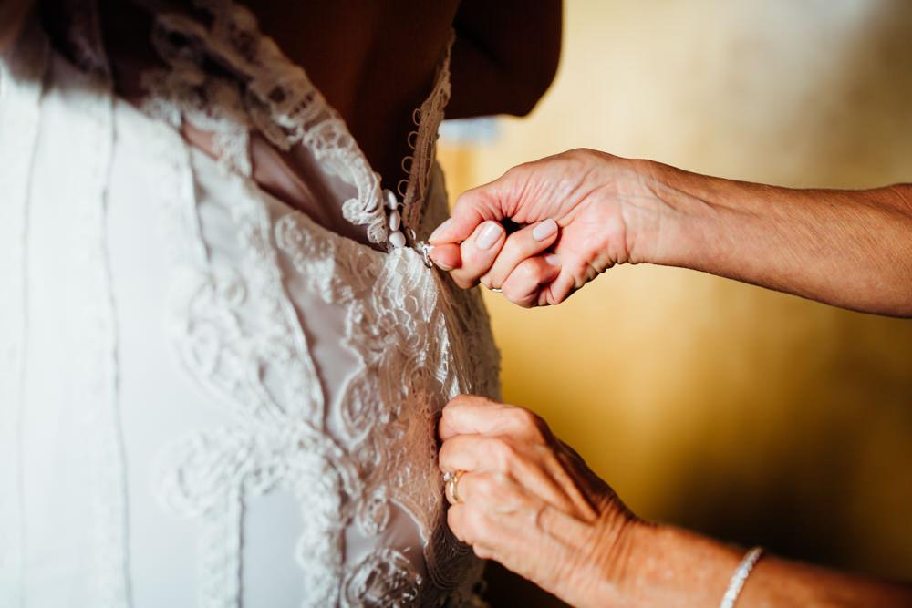 Evergreen Lake House Wedding - Rainy Colorado Wedding -15.jpg