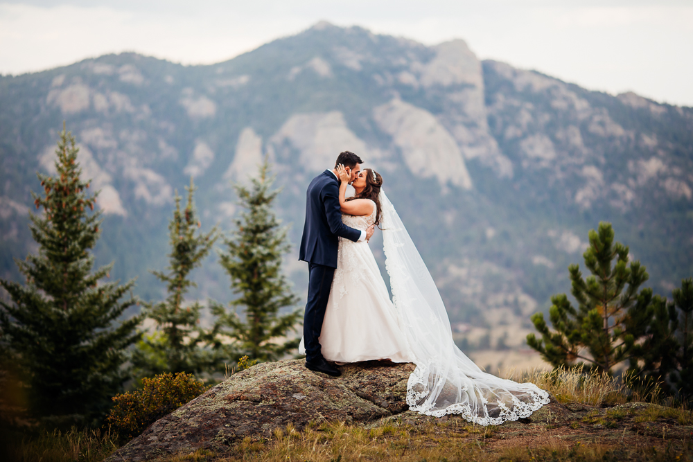 Taharaa Mountain Lodge Wedding - Estes Wedding Photographer -23.jpg