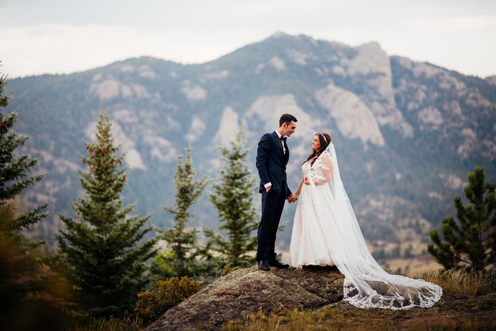 Taharaa Mountain Lodge Wedding - Estes Wedding Photographer -43.jpg
