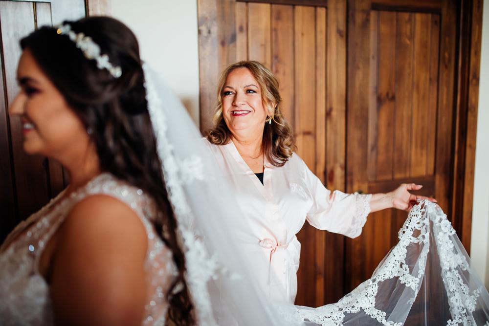 Taharaa Mountain Lodge Wedding - Estes Wedding Photographer -56.jpg
