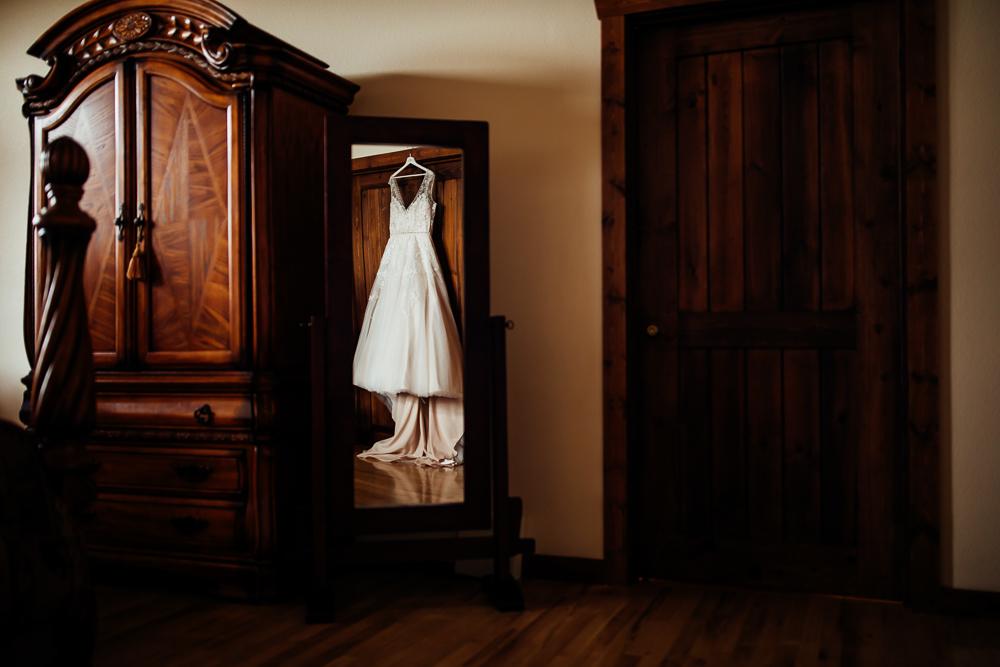 Taharaa Mountain Lodge Wedding - Estes Wedding Photographer -67.jpg