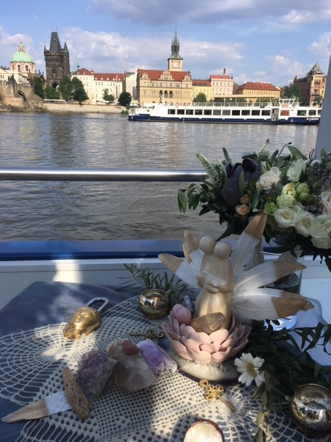 Amy & I created her boatside wedding altar using ancient hierlooms, crystals and a lock that she and Michael hooked onto the side of Charles Bridge post-ceremony