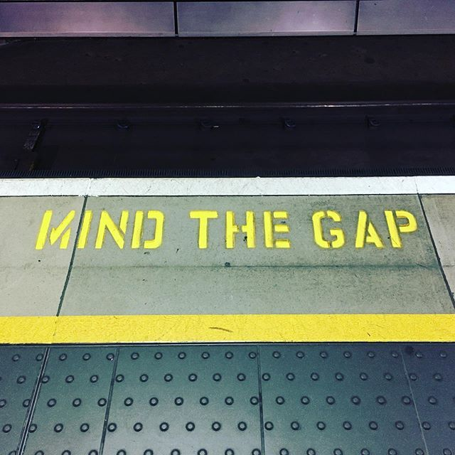 A Good Reminder written on the floor of the London Heathrow train station: mind the space between thoughts and between breaths. In this brief stillness and silence we might find our presence and remember our true nature, even in the midst of the chaos of the city (or after missing a night of sleep on a red eye flight 🥴). English Countryside, here I come! Rain boots, rain pants, wool socks, wool sweaters- check, check and check. #urbansoulwarrior