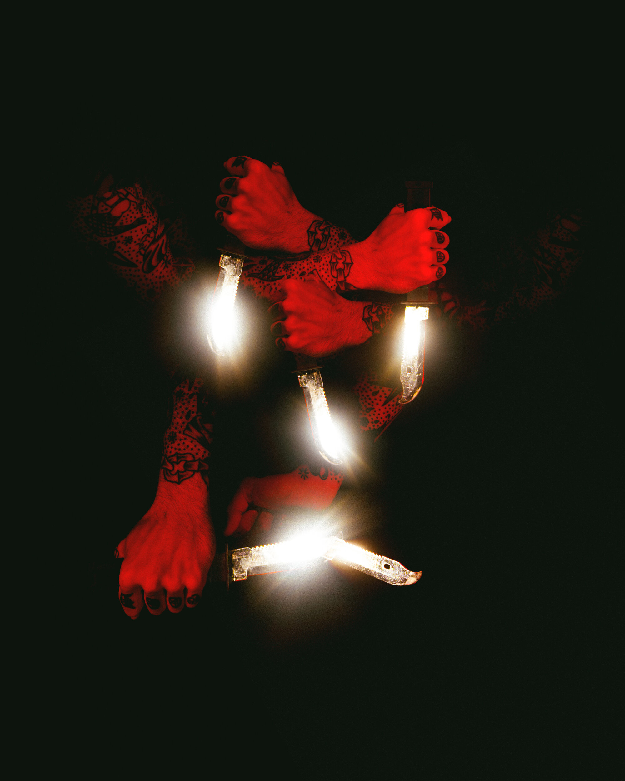 Knife-o-Lantern by Robert Hickerson