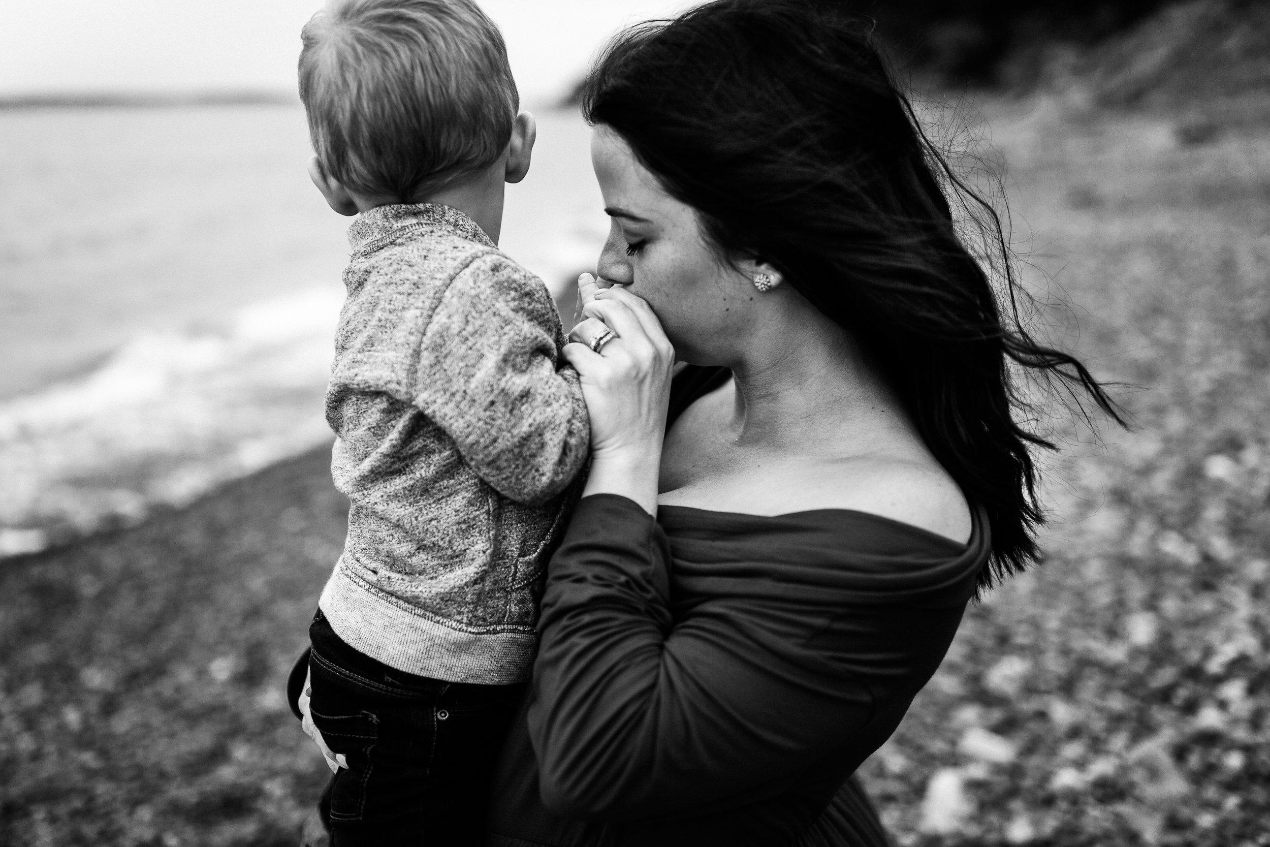 005Slaney_Maternity_MaddieMillsPhoto.jpg