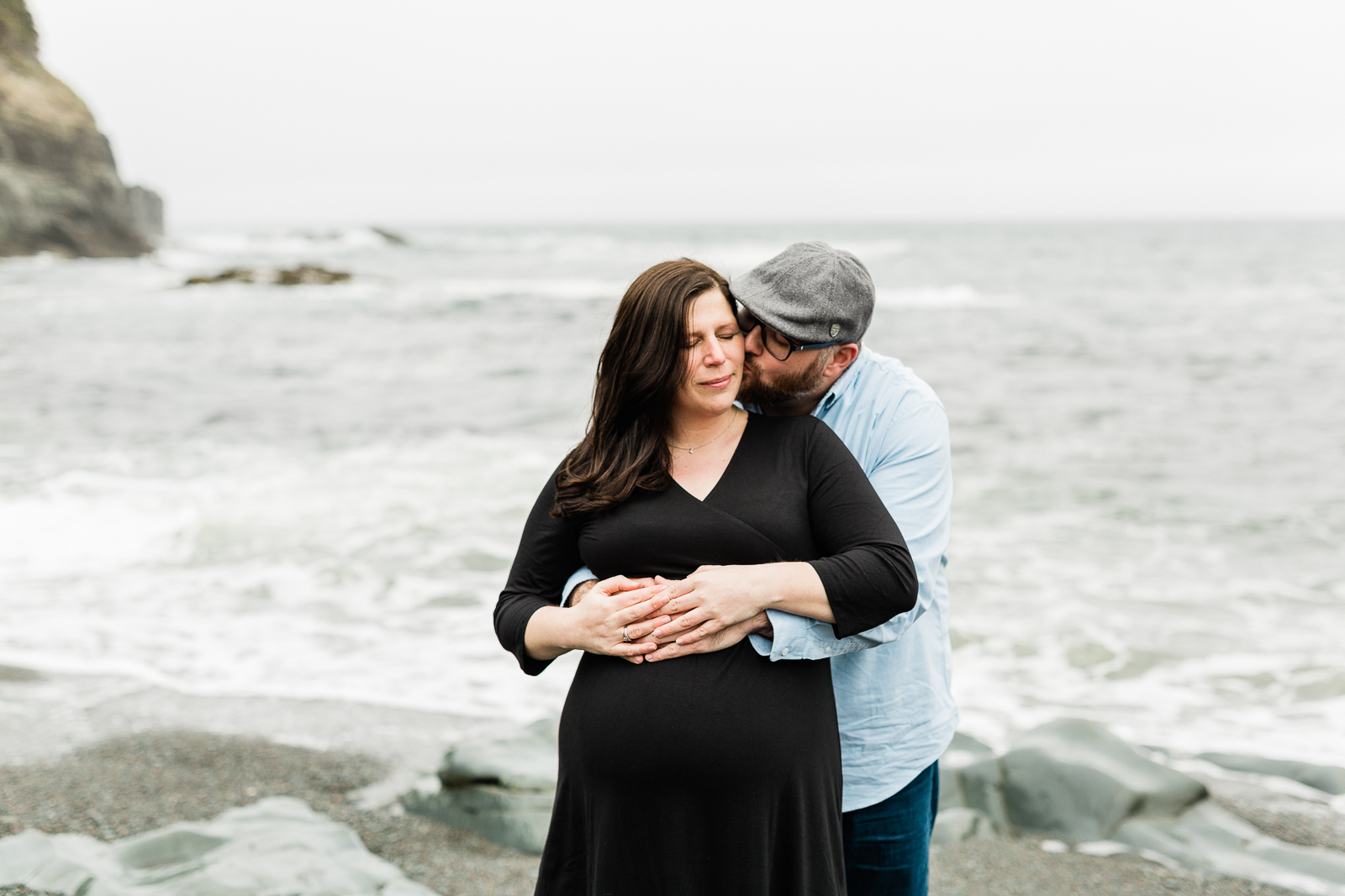 middle-cove-st-johns-maternity-photographer-8.jpg