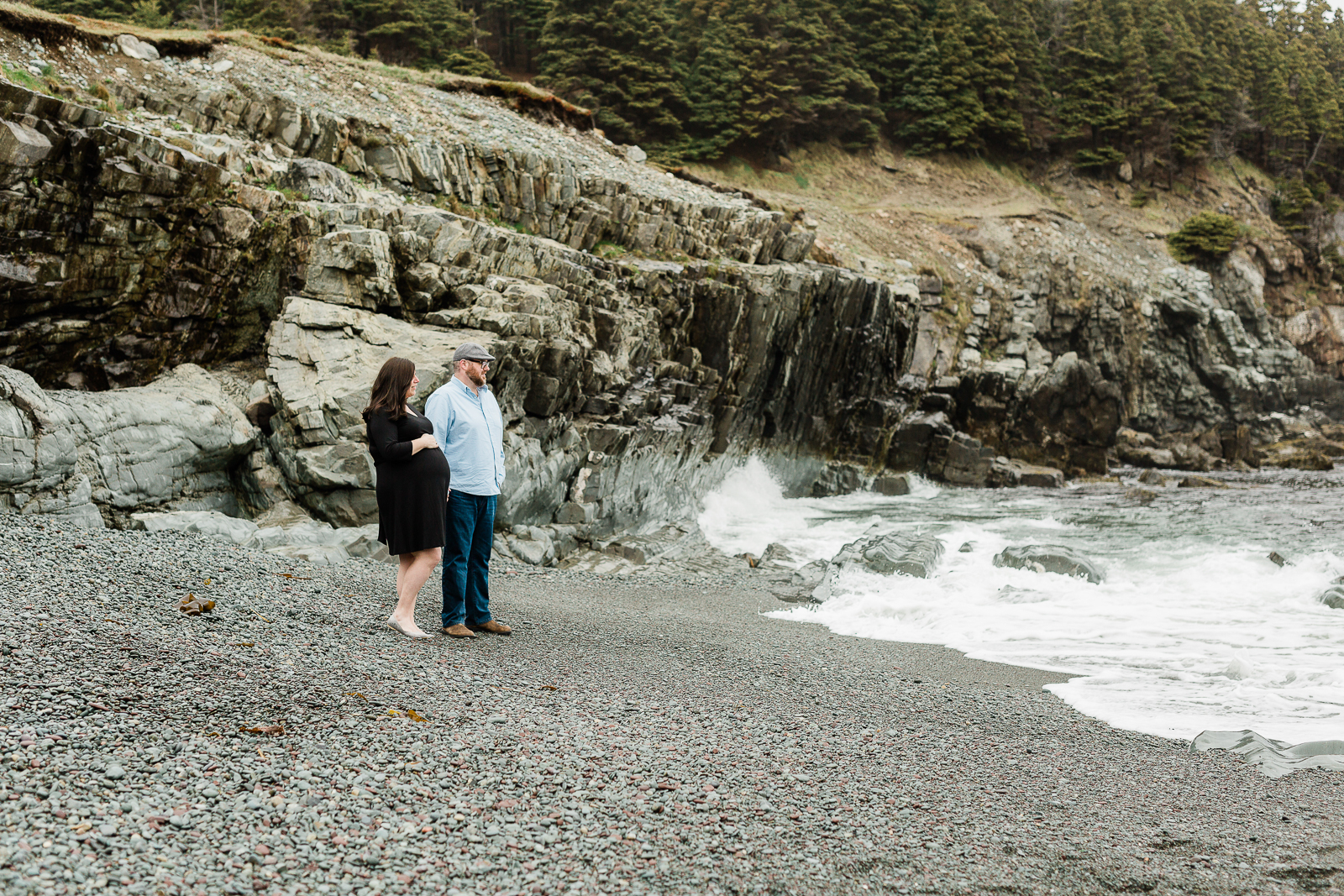 middle-cove-st-johns-maternity-photographer-9.jpg