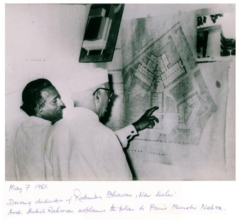 Architect Habib Rahman explains the details of the plans of Rabindra Bhavan and the Lalit Kala Akademi buildings to Prime Minister Jawaharlal Nehru on May 7th 1961, New Delhi, India. Photo: ©Ram Rahman/Sukanya Rahman.