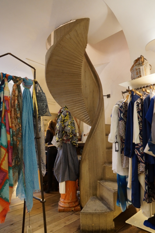 Great little boutique next to Rivoire on Piazza Della Signoria - I don't remember the name, unfortunately. But great stairwell!