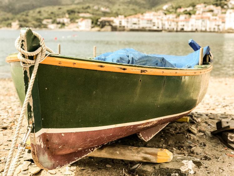 boatshore.jpg