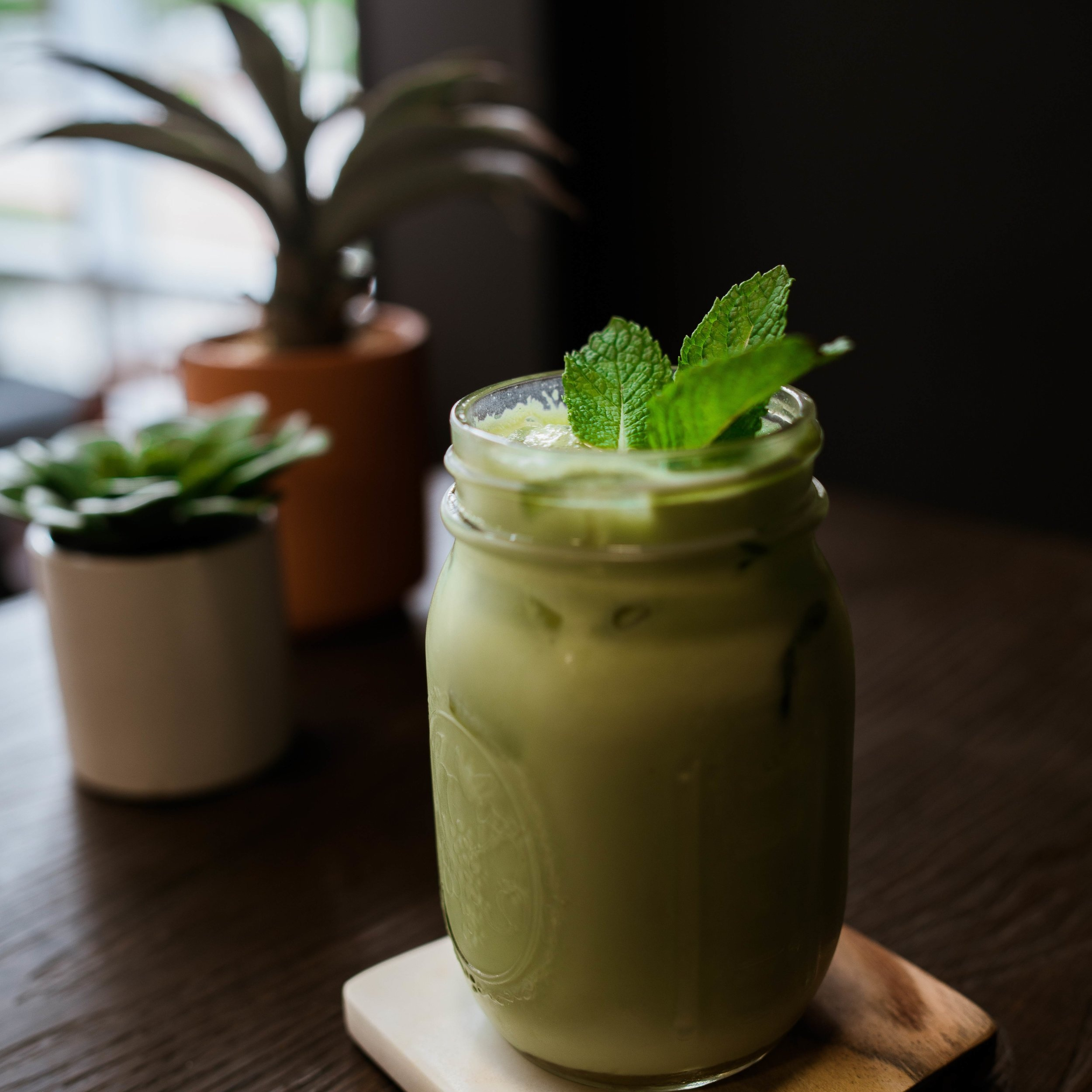 Shake, Shake, Shake - No time for bamboo whisk? No worries, we've got you covered. You can simply combine matcha, cold water/milk, and a few ice cubes (optional) in a bottle and give it a good shake! You can also add a scoop of matcha to your favorite breakfast and/or post-workout smoothie.