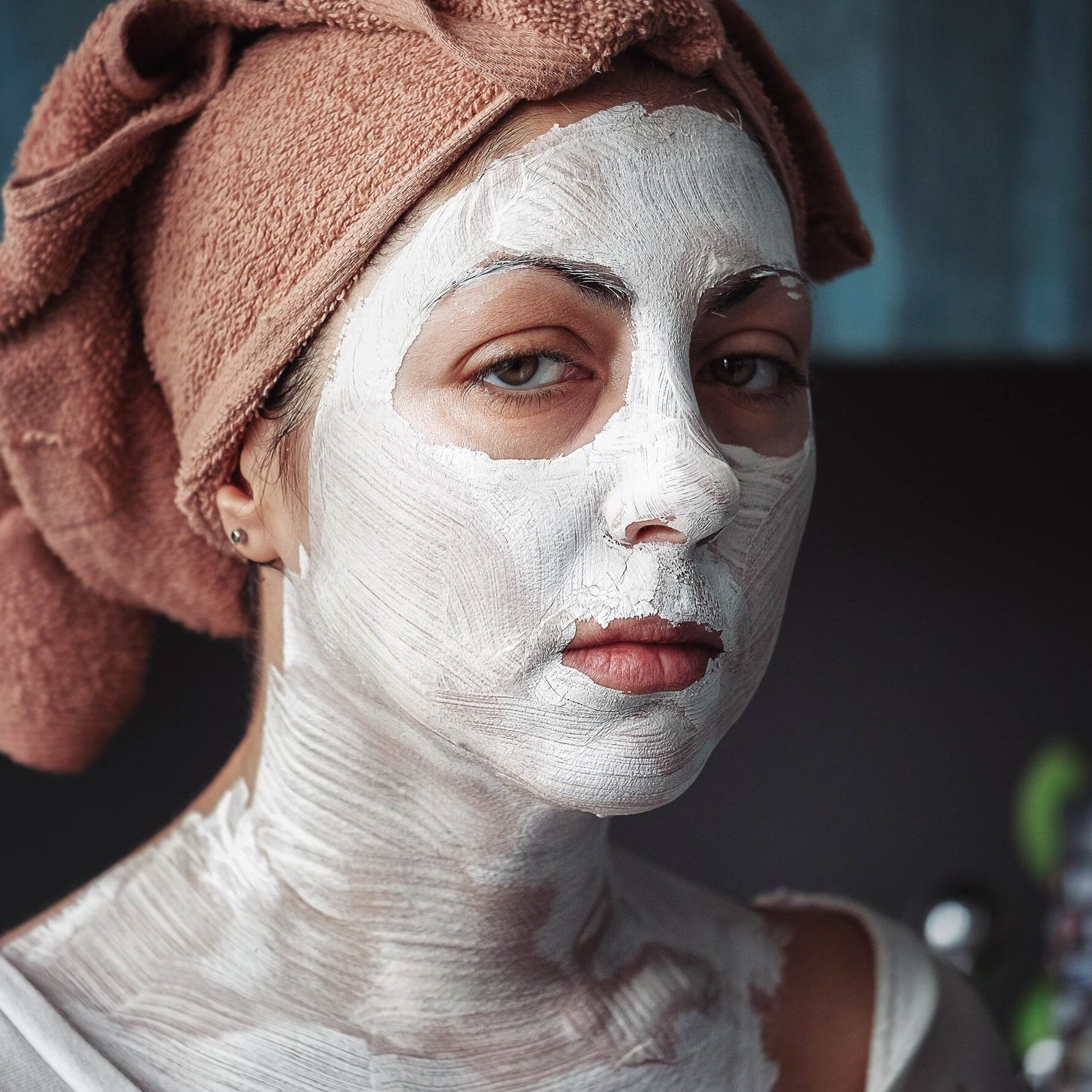 woman+with+skincare+mask.jpg
