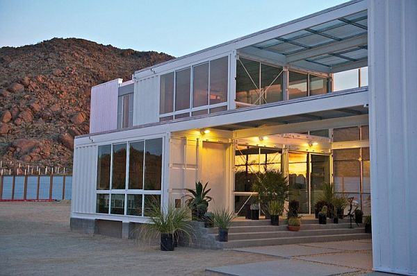 54-First-Shipping-Container-House-in-Mojave-Desert.jpg