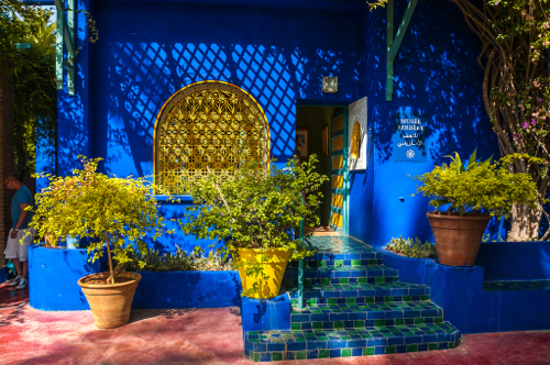 majorelle-gardens-blue-wall.jpg