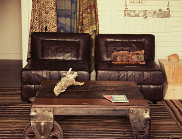 PSP-HOME-black_leather_chairs_and_table_with_wheel_20130719_1613.png