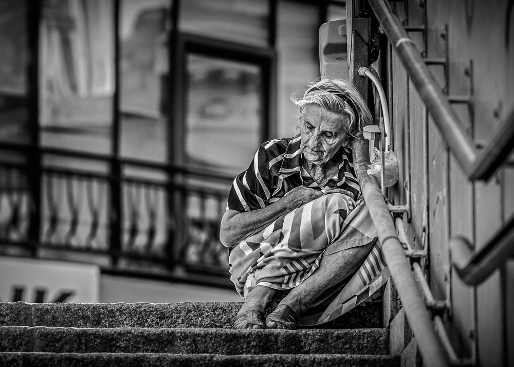 Catalin Burlacu - Street Photographer Luxembourg  - www.ishootcolors.com159.jpg