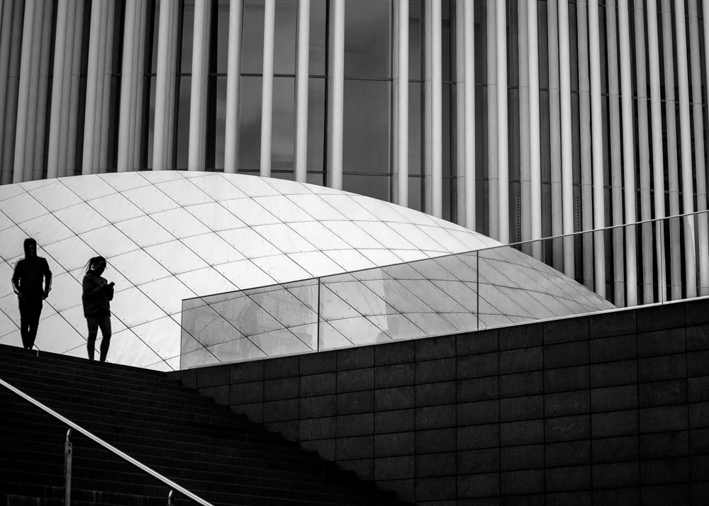Catalin Burlacu - Street Photographer Luxembourg  - www.ishootcolors.com160.jpg