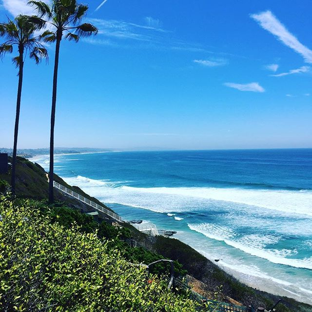 Was at Yogananda's hermitage in Encinitas looking down at the  beach thinking how good a surf would be...then on the way down for a swim we bumped into a friend I had met in India. She was carrying two boards!!! How perfect that my first surf ever in the US was at Swami's beach! @edokahn
