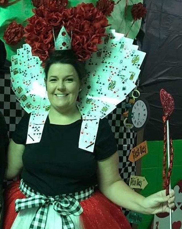 ♦️♠️In the spirit of Halloween and our upcoming Charity Ball, our very own Queen of Hearts, Leslie Holland wants to remind each of you to SAVE THE DATE and BUY A MEAL-A-MONTH RAFFLE TICKET today!! ♥️♣️
