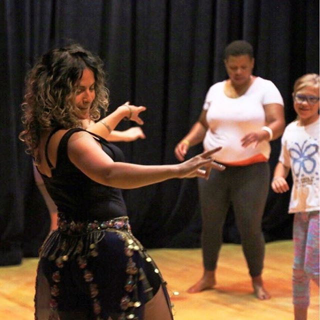 *Workshop* Belly Dance Drills & Thrills coming to you on On Oct 19 #linkinbio  This workshop is all about expressing your most succulent self through basic belly dance technique adapted for an energizing and sassy workout 💦🥊 #westend #highpark  #dancetherapy #bellydancetoronto #downtowntoronto #hipsdontlie #shakeitoff #bodypositive #torontoworkshop #thingstodotoronto #bellydance #learntobellydance #torontoentrepreneur #torontobellydance #bodypositivity #torontodancer #torontofitness #danceworkshop #highpark #torontowest