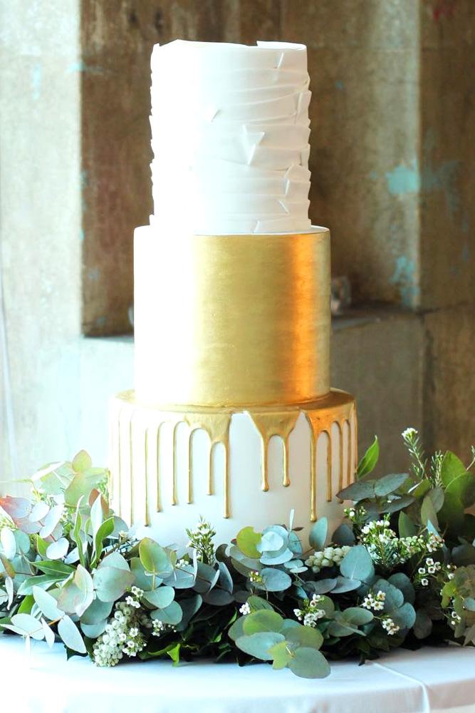 drip-wedding-cakes-hansel-and-gretel-cakes-3.jpg