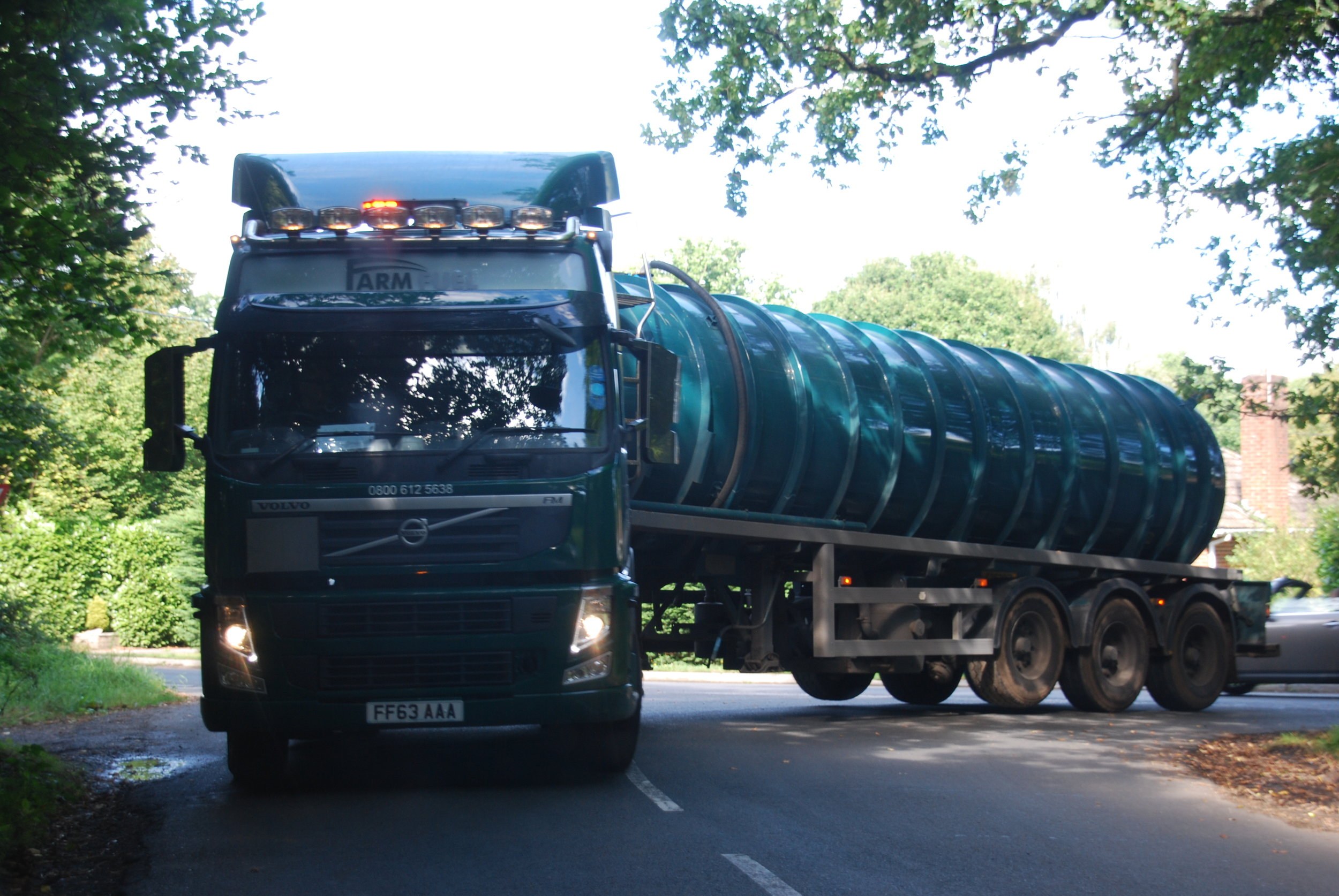 HGV turning left into Foxbridge Lane, straight into the opposing traffic