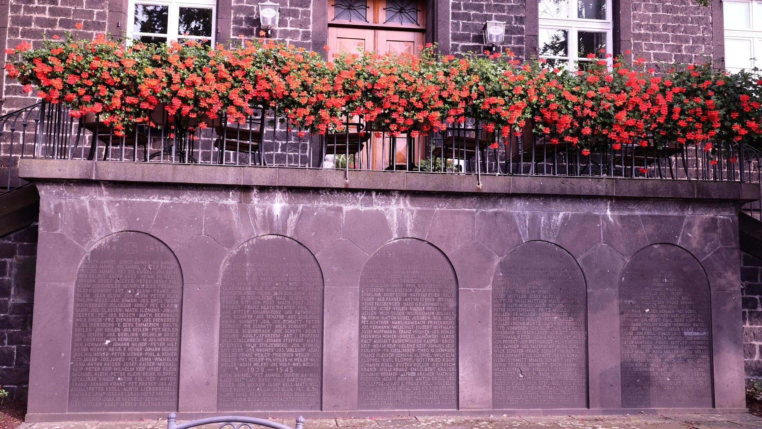 Mendig-Bell War Memorial