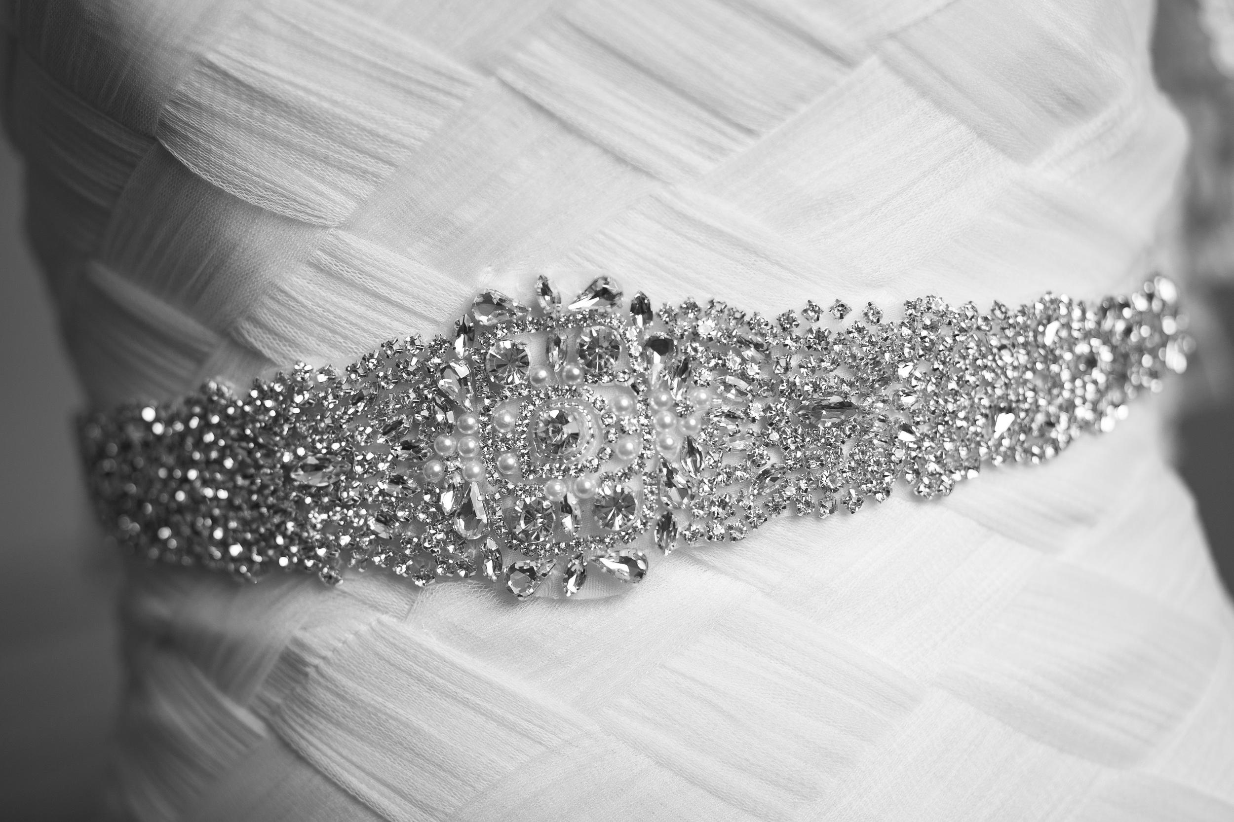 wedding photographer bent-lee carr wedding photography bride details dress details belt the kyle house fincastle virginia