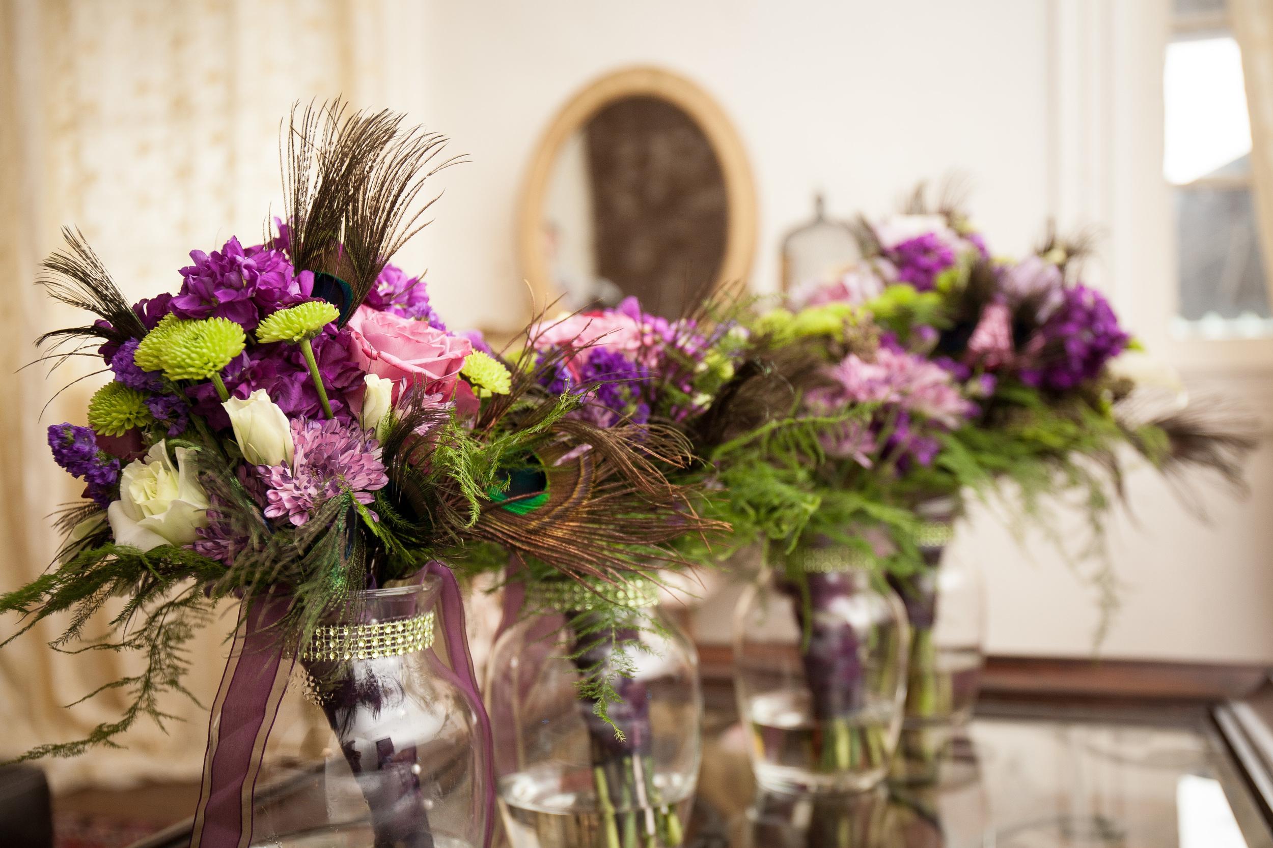 The Kyle House Fincastle Virginia Wedding Photographer Bent-Lee Carr Bridal party flowers