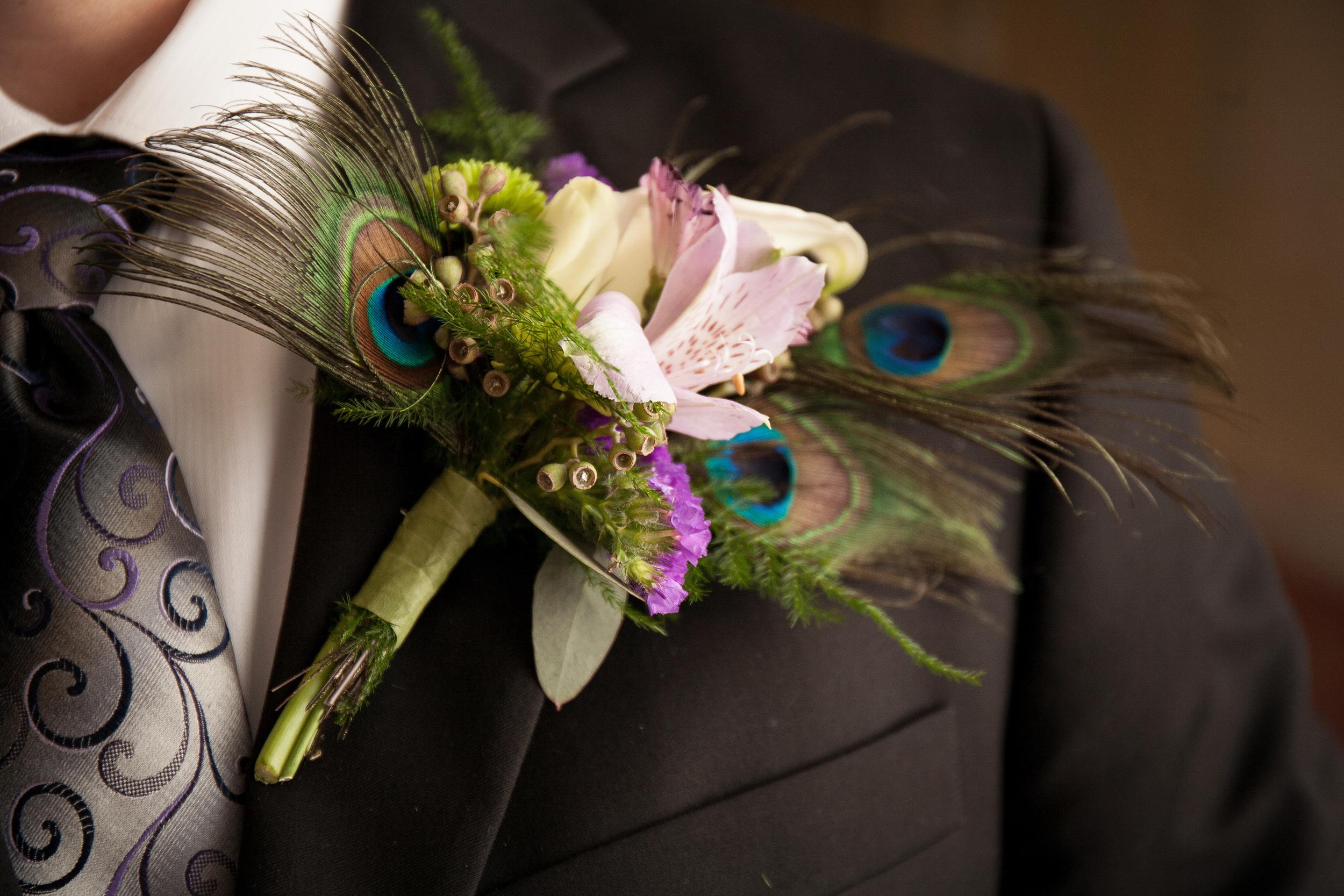 The Kyle House Fincastle Virginia Wedding Photographer Bent-Lee Carr Boutonnière on the groom