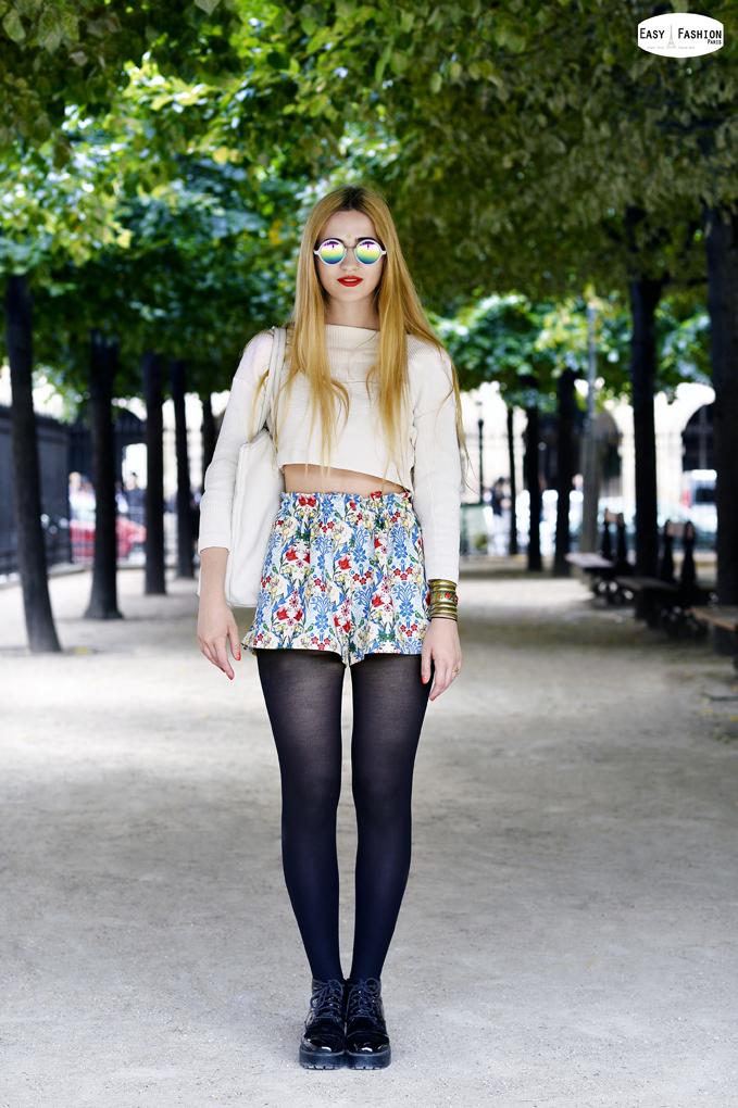Elisa / Place des Vosges / Paris           Bluz    H&M       Sort Asos     Gozlukler Asos     Canta Lacoste     Ayakkabilar Vagabond     Read more: http://easyfashion.blogspot.com/#ixzz381r1Lb62