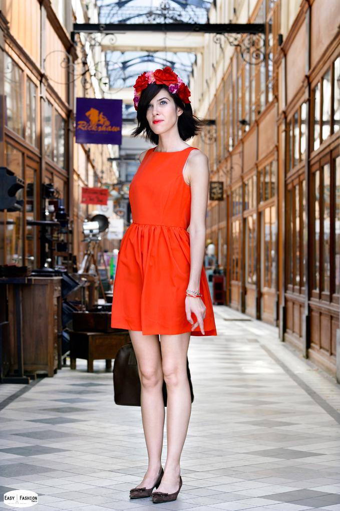 "Elbise American Apparel,   Tac Claire's, Vintage ayakkabilar, Canta  Cerruti, Parfume""Ralf"" de R.Lauren      Read more: http://easyfashion.blogspot.com/#ixzz381tHxHNn"