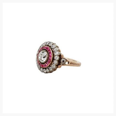 erstwhilejewelry.com (Victoria dönemine ait)fiyatı $8,000