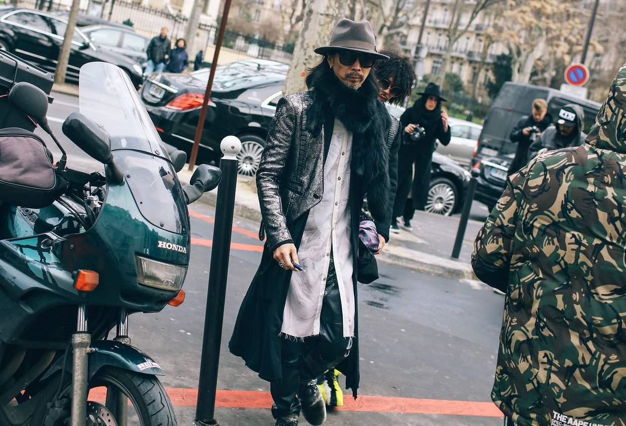 phil-oh-street-style-menswer-fall-2016-paris-05.jpg