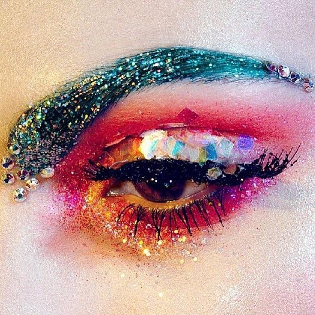 Glitter eyez.