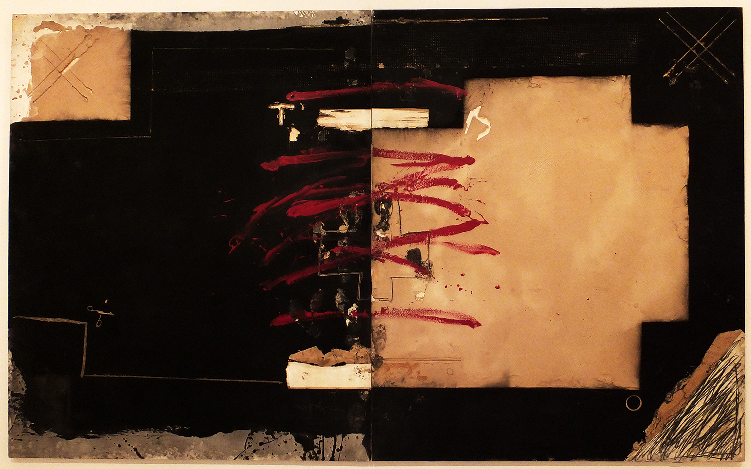 Antoni Tàpies,  Gran Díptic Roig I Negre  ( Large Red and Black Diptych ), mixed media on wood, 1980 (IVAM collection)