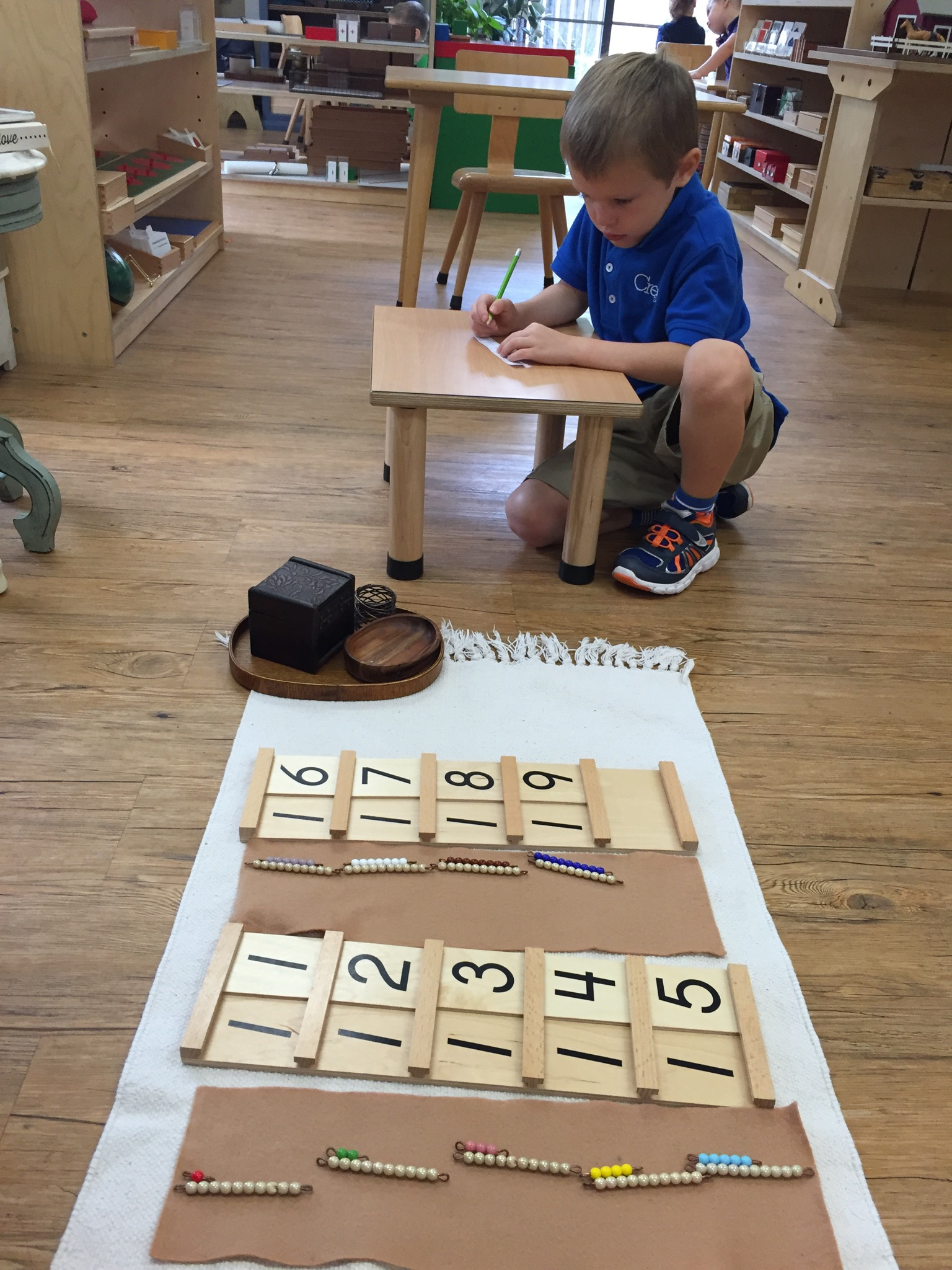 Association of beads and cards, Making teen numbers and writing on paper
