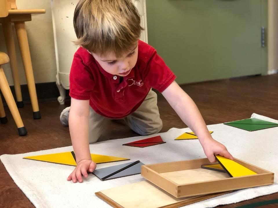 Constructive Triangles: Rectangular Box