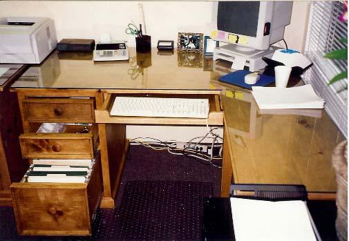PineOfficeDesk 6.jpg