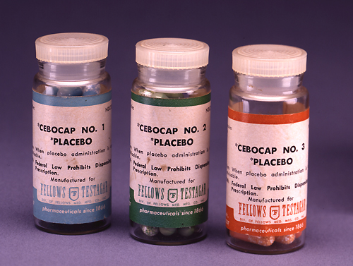 """Cebocap"" by  Elaine and Arthur Shapiro  - Licensed under Public Domain via Commons"