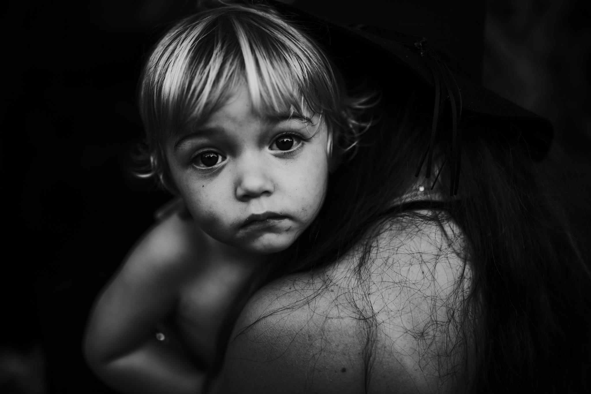 twyla jones photography mother son black and white riverbend park jupiter florida treasure coast family photographer