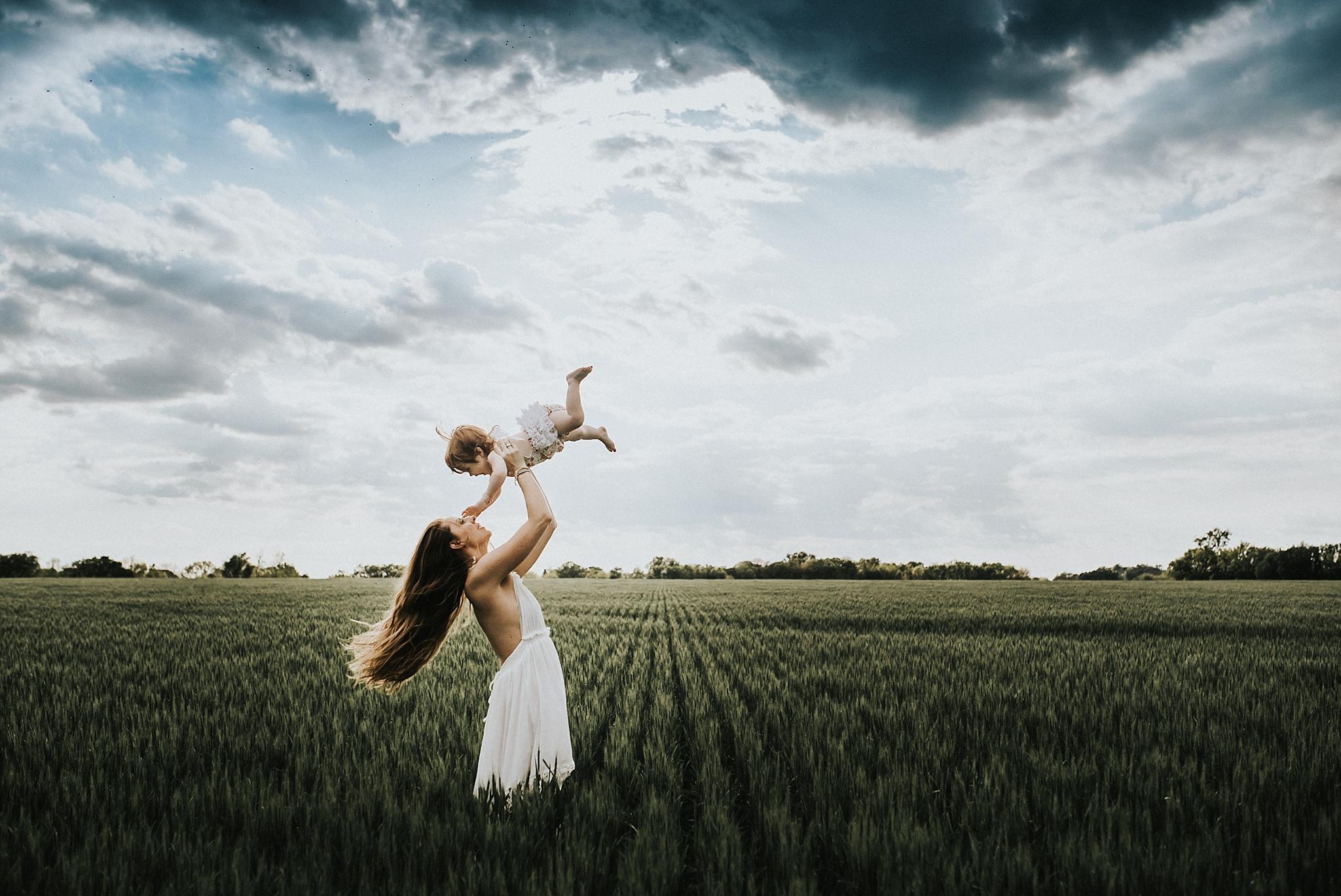twyla jones photography - mother daughter - field and forest-4526_treasure coast florida.jpg