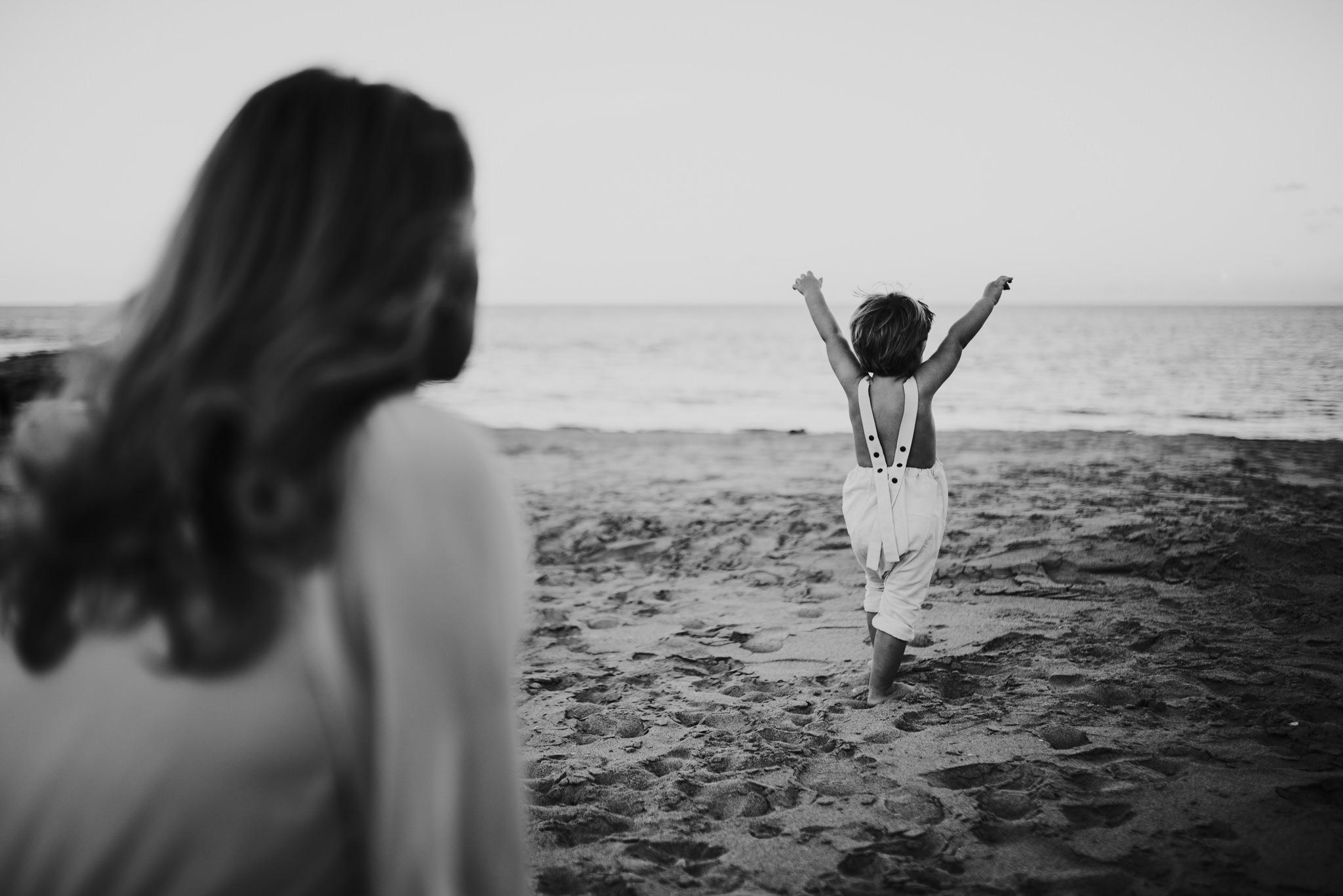 twyla jones photography - treasure coast florida - mother son at the beach--6.jpg